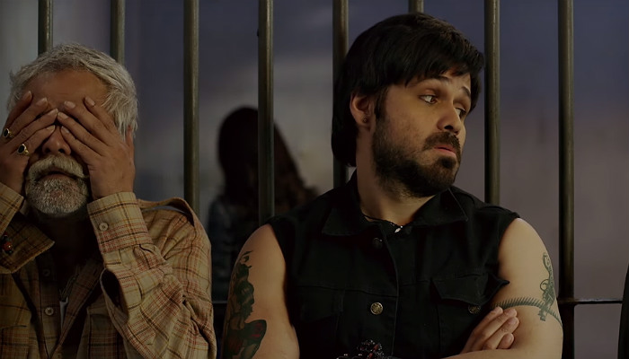 Emraan Hashmi and Sanjay Mishra in Baadshaaho, inuth.com