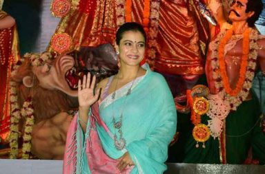 Durga Puja 2017 Kajol and Tanisha celebrate with mother Tanuja photo