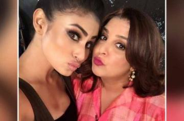 Mouni Roy on sets of Lip Sing Battle photo