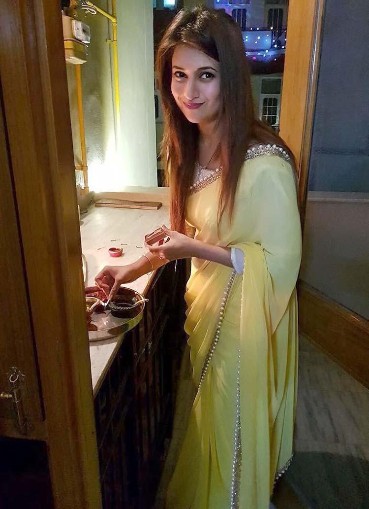 Divyanka Tripathi prepping up for Diwali
