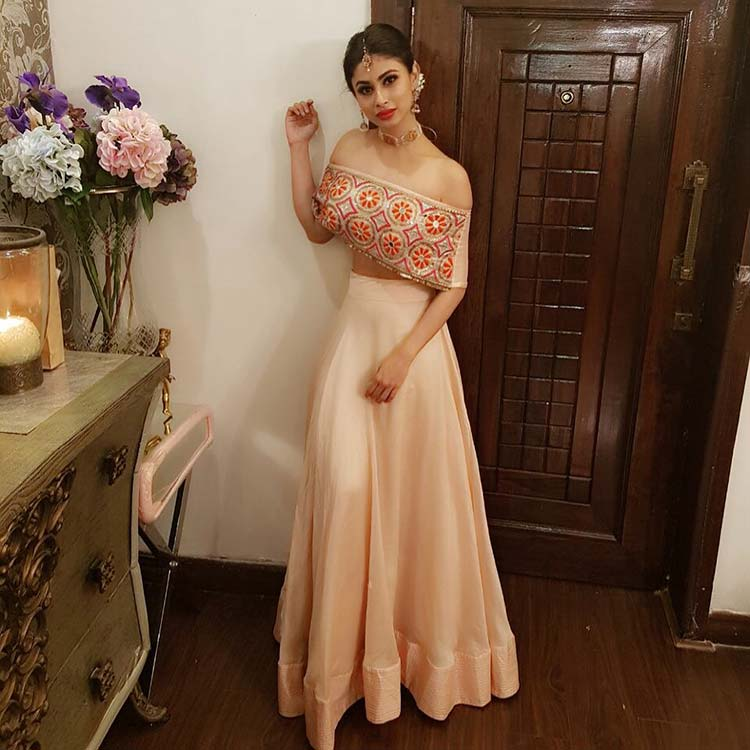 Mouni Roy's look for Diwali party