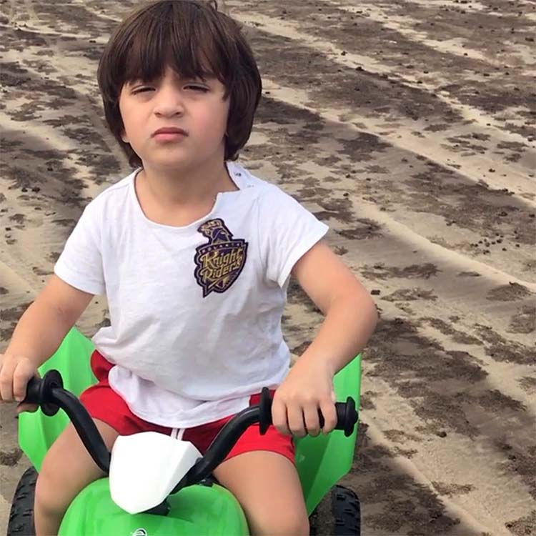 AbRam turns Knight Rider for mommy