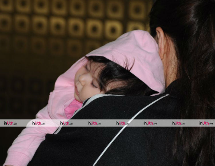 Inaaya Naumi Kemmu with mother Soha Ali Khan spotted at the airport
