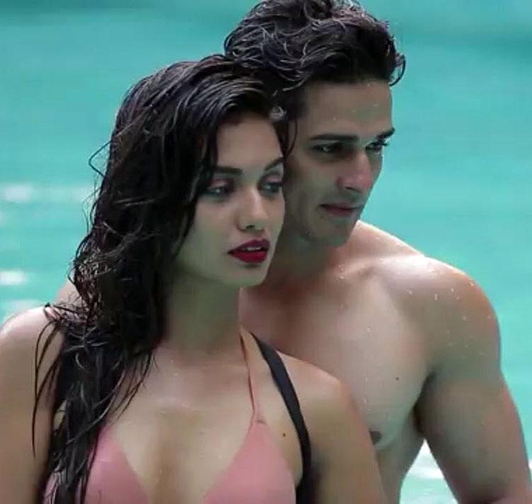 Hot photos of Priyank Sharma and Divya Agarwal