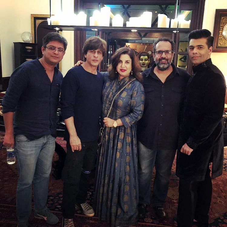 Shah Rukh Khan celebrates Diwali with industry friends