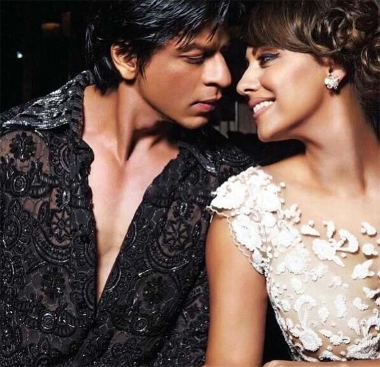 Shah Rukh and Gauri Khan give couple goals with this candid click
