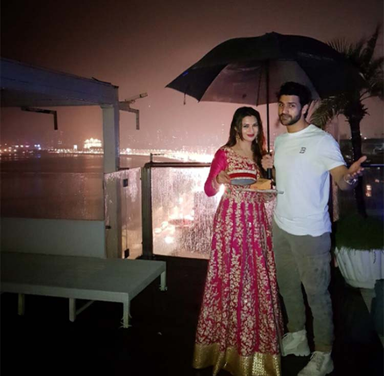 Divyanka Tripathi with husband Vivek Dahiya on Karva Chauth