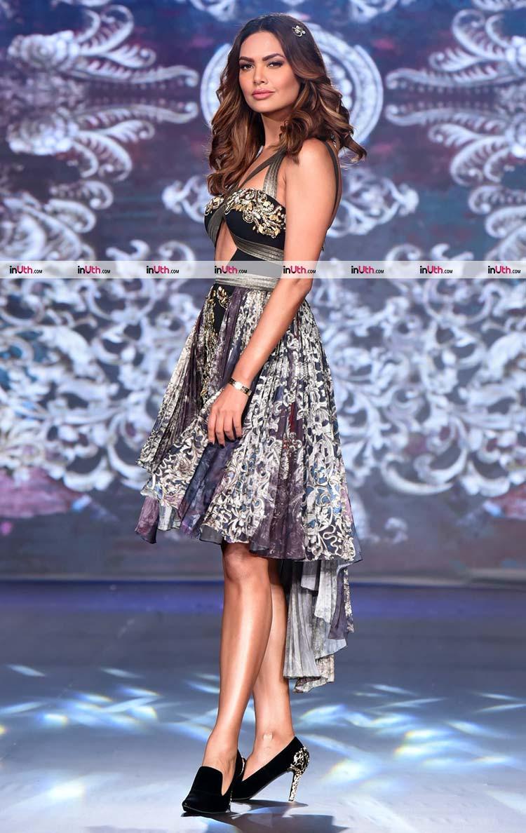 Esha Gupta on the ramp at India Beach Fashion Week