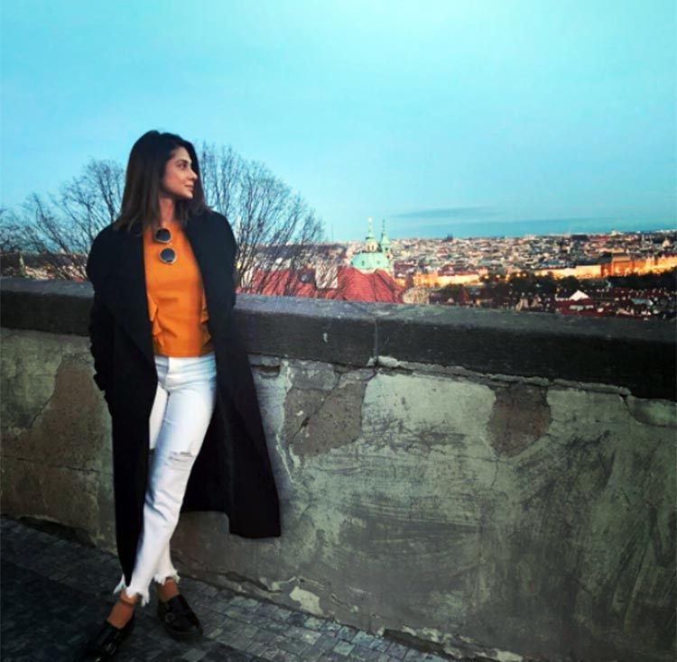 Jennifer Winget looks uber pretty in her pics from Prague