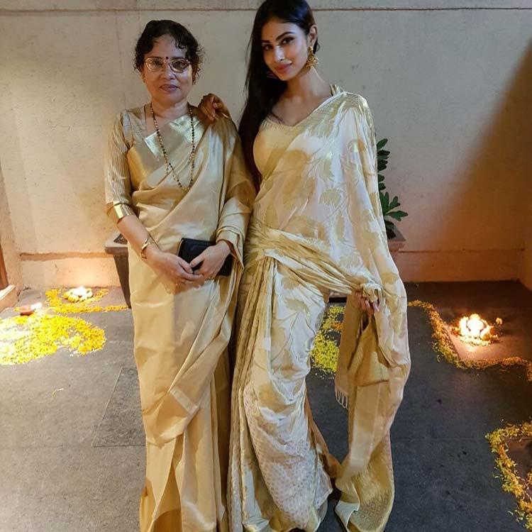 Mouni Roy celebrating Diwali with mother