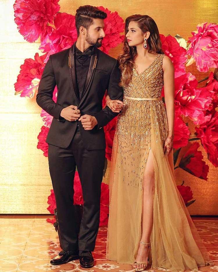 Ravi Dubey And Sargun Mehta Doing The Couple Pose Right