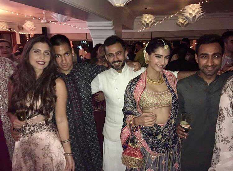 Sonam Kapoor and Anand Ahuja look really cute in this pic from the Diwali party