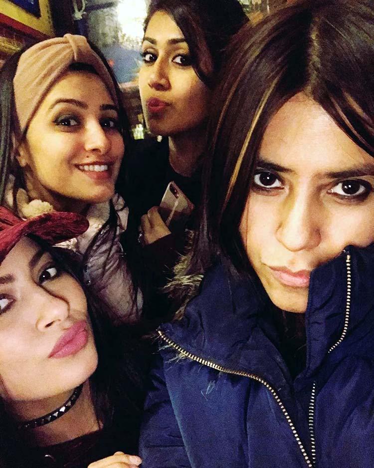 Yeh Hai Mohabbatein's girl gand in Budapest