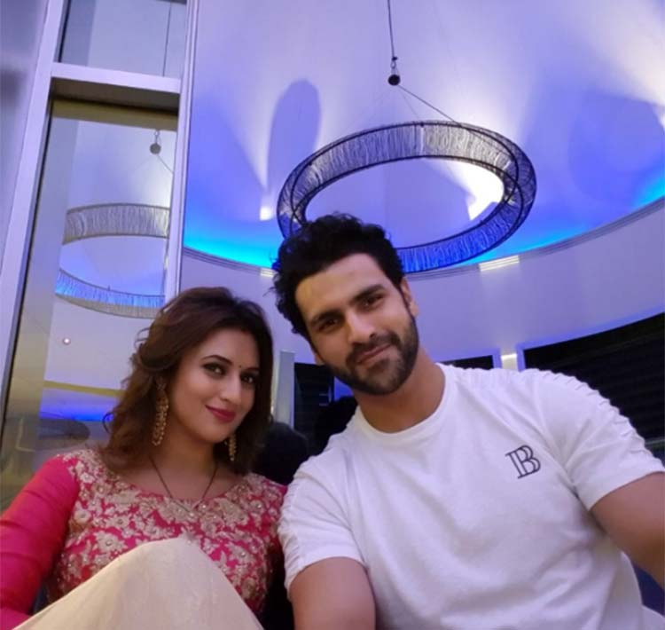 Divyanka Tripathi with her husband Vivek Dahiya