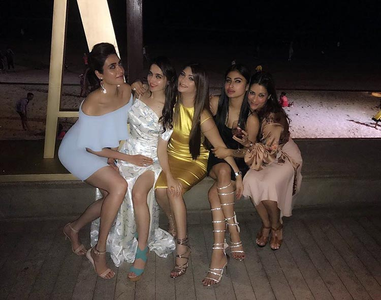 Mouni Roy parties with Sanjeeda Sheikh and Karishma Tanna