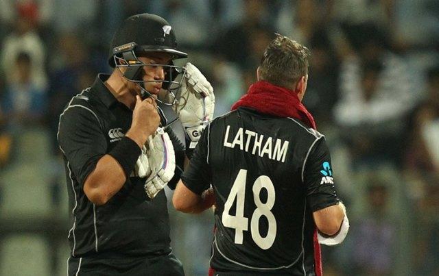 New Zealand beat India by 6 wickets, Boult, Taylor, Latham spoil Virat Kohli's 200th ODI |Highlights