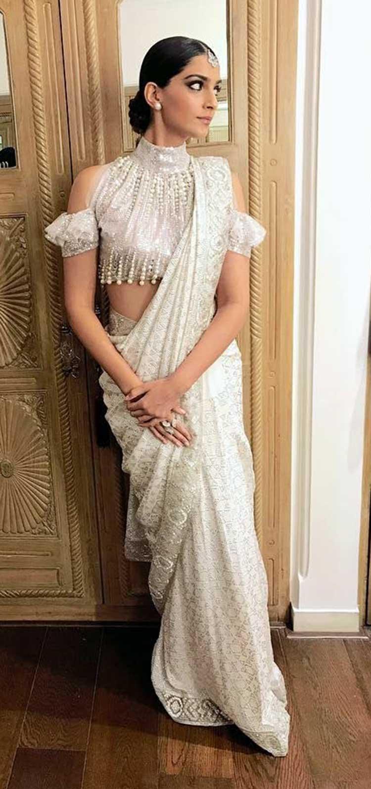Sonam Kapoor at Ekta Kapoor's Diwali party