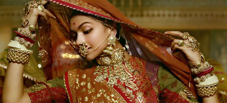 Deepika Padukone looks a real Rajput queen in Padmavati's Ghoomar song