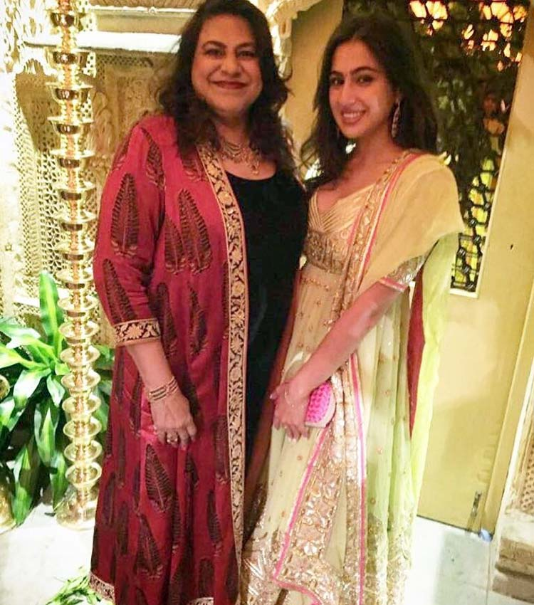 Sara Ali Khan with Sabrina Jani at the Diwali party