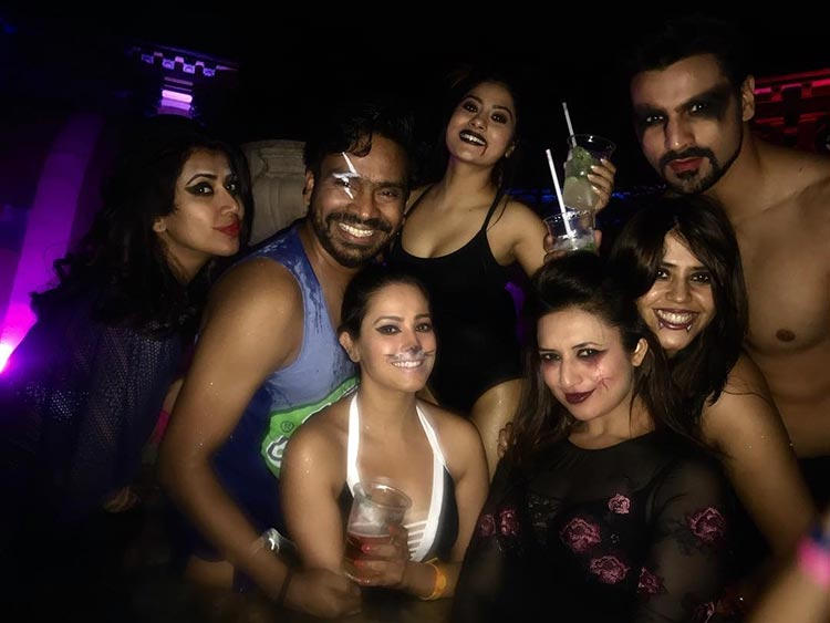 Yeh Hai Mohabbatein team in full Halloween mood