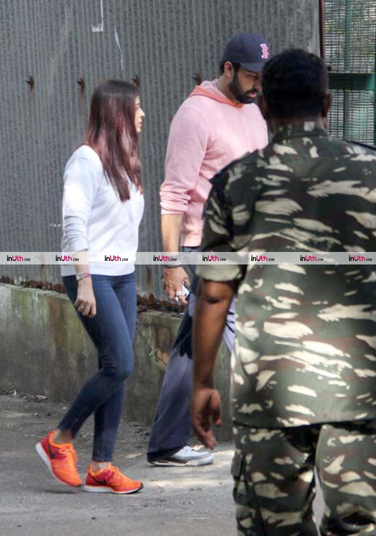 Aishwarya Rai and Abhishek Bachchan in Bandra after fire accident