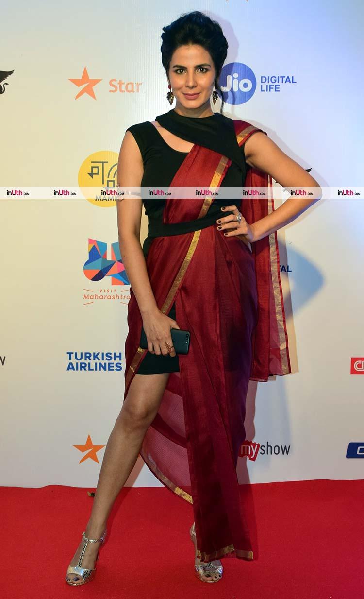 Kirti Kulhari on the MAMI film festival 2017 red carpet