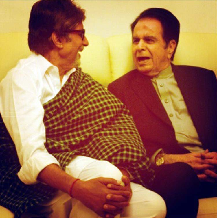 Amitabh Bachchan's candid photo with Dilip Kumar