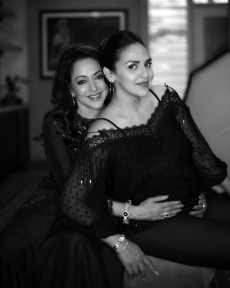 Hema Malini with her daughter Esha Deol