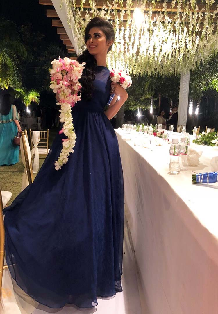 Mouni Roy is the most amazing bridesmaid ever