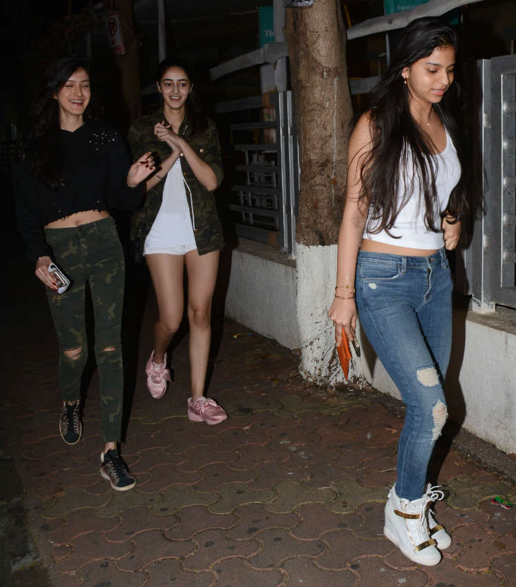 Suhana Khan with Shanaya Kapoor and Aahana Pandey