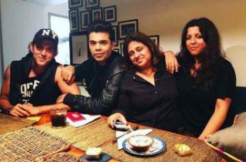 Hrithik Roshan parties with Farhan Akhtar and Karan Johar photo
