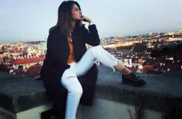 Jennifer Winget vacation pic
