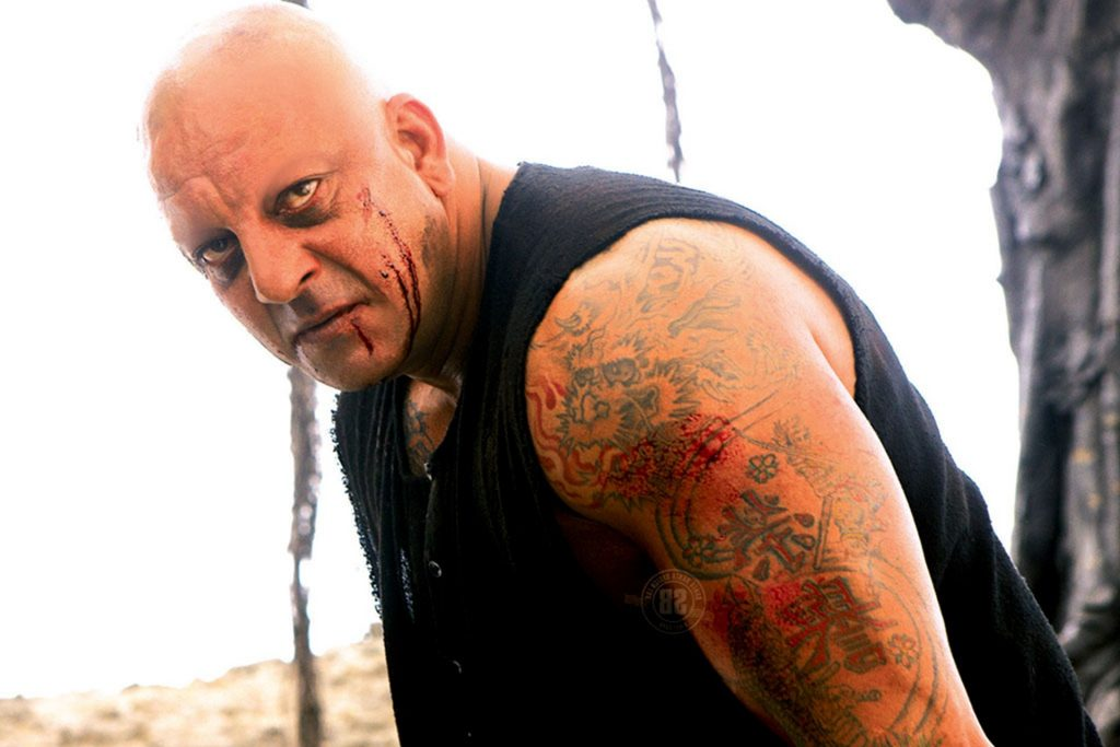 A still from Agneepath starring Sanjay Dutt as Kaancha Cheena