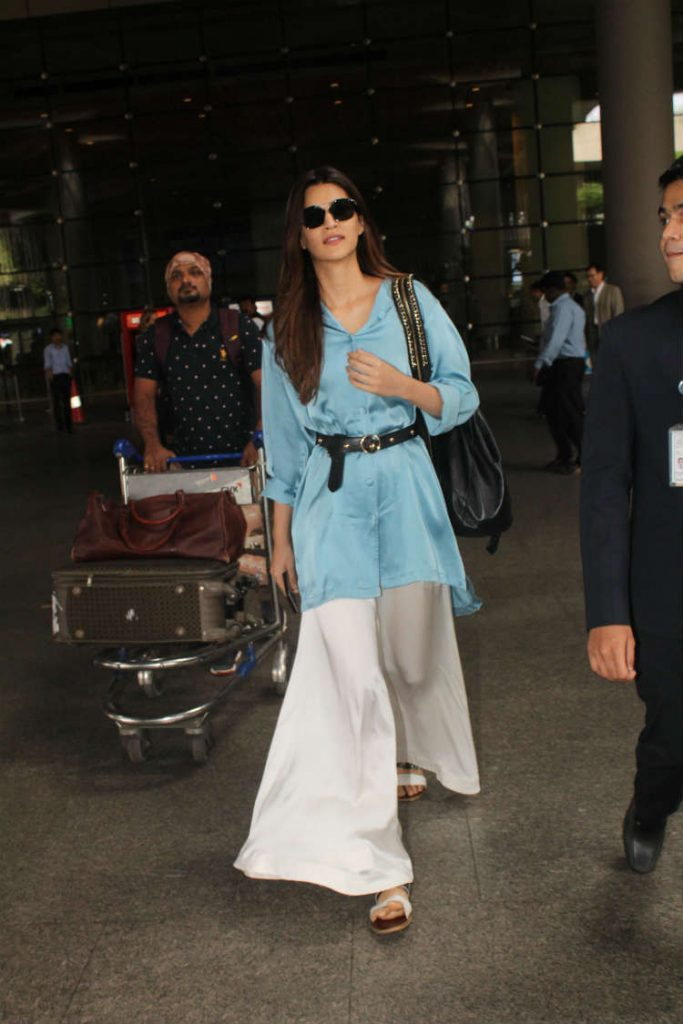 Kriti Sanon at the airport