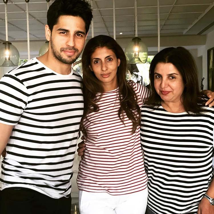 Sidharth Malhotra, Shweta Nanda, and Farah Khan at Shah Rukh's party
