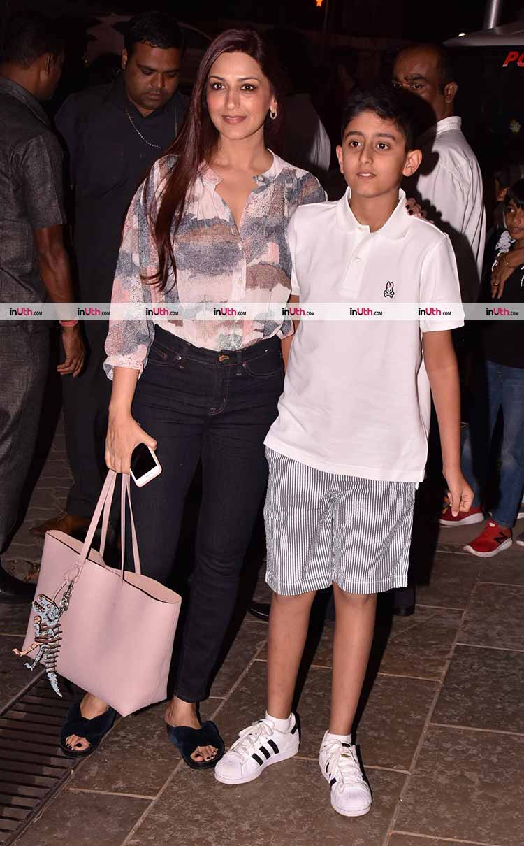 Sonali Bendre with her son at Aaradhya Bachchan's birthday party