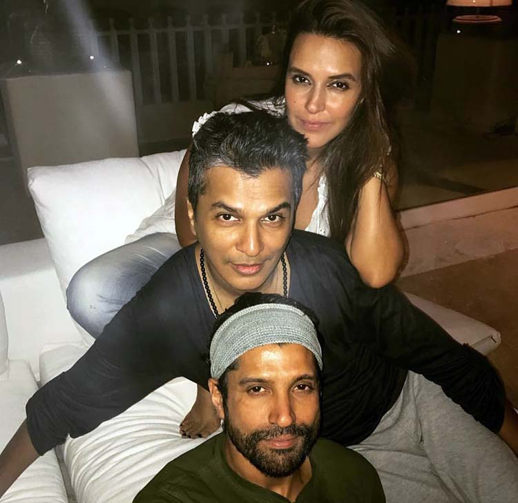 Farhan Akhtar and Neha Dhupia at Shah Rukh Khan's birthday party