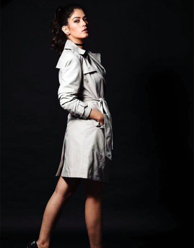Bigg Boss 11 contestant Bandgi Kalra looks hot in this pic