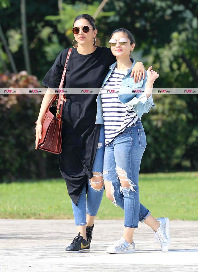 Deepika Padukone and Alia Bhatt preparing to leave after the bash