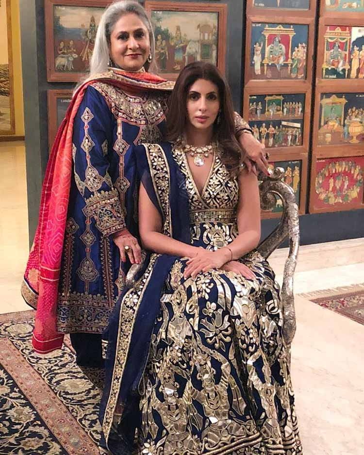 Jaya Bachchan and Shweta Nanda defining elegance at a family wedding