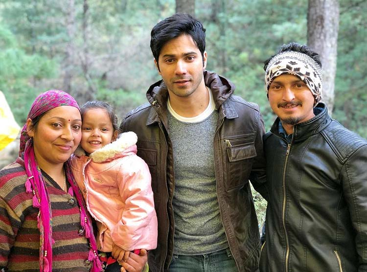 Varun Dhawan in Manali with fans on the sets of October