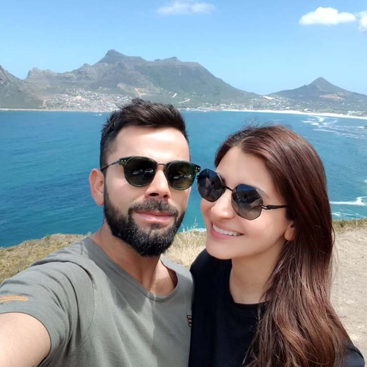 Virat Kohli and Anushka Sharma's new year wishes for their fans