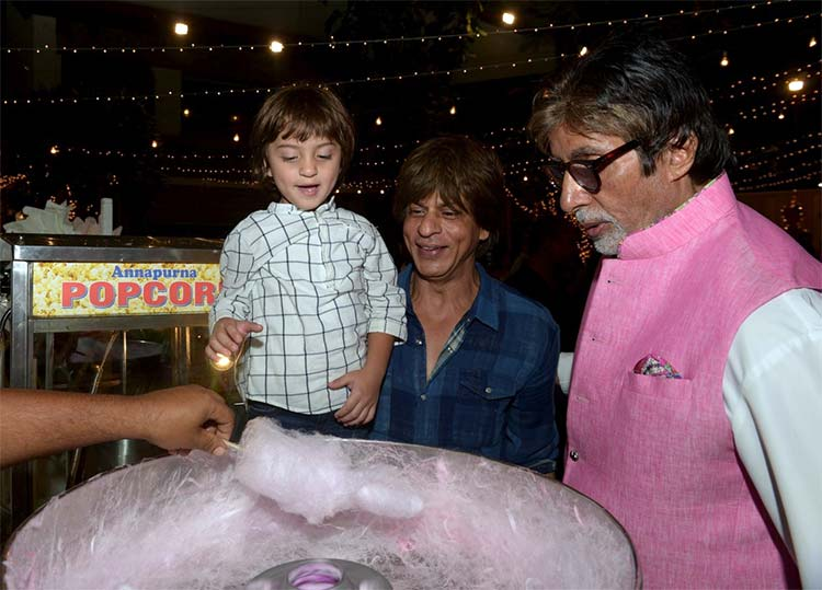 AbRam with Shah Rukh Khan and Amitabh Bachchan at Aaradhya's party
