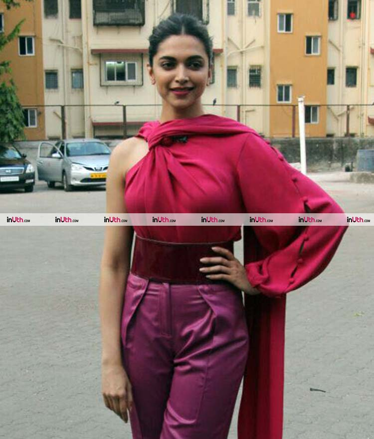 Deepika Padukone plays with colours for Padmavati promotions