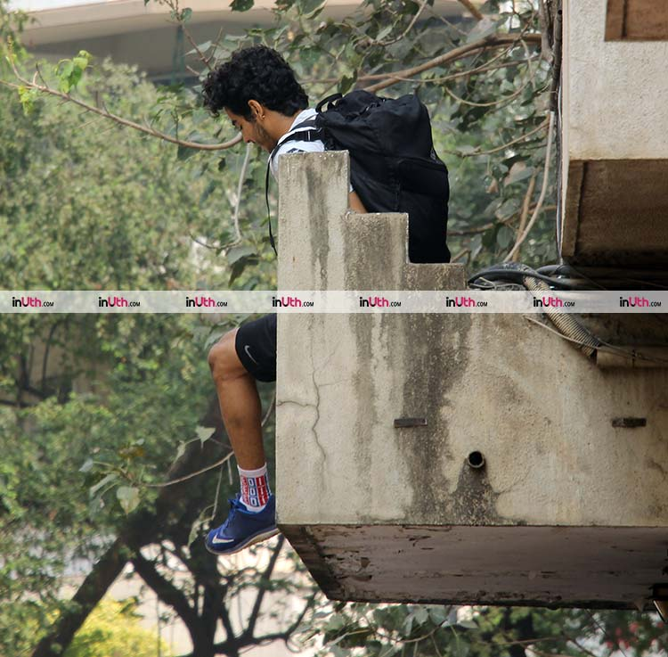 Ishaan Khatter jumping off his gym building