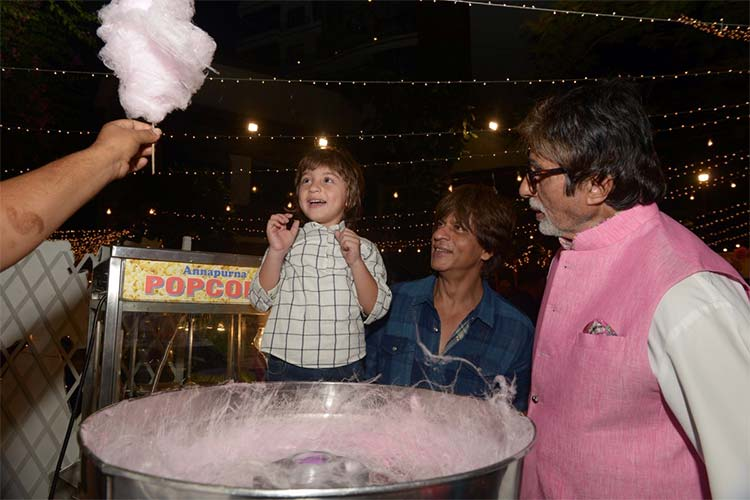 AbRam's expressions on watching a candy floss at Aaradhya's party are the cutest