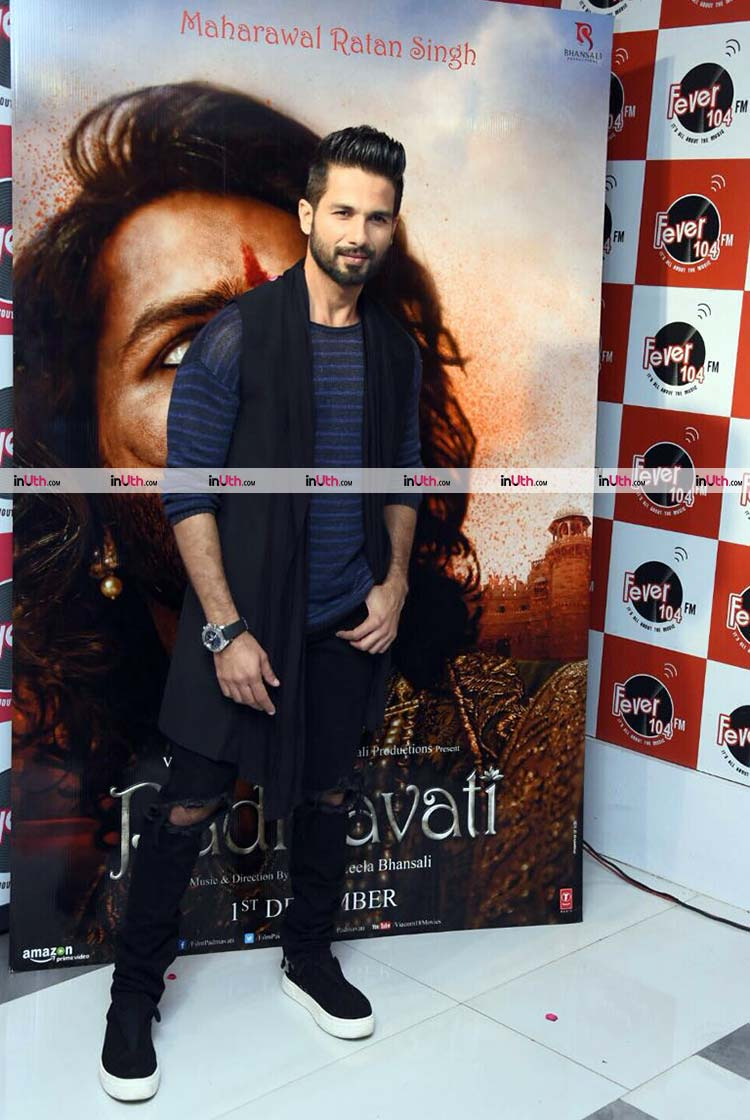 Shahid Kapoor promoting Padmavati at a radio station