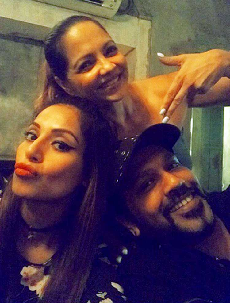 Bipasha Basu's cool selfie with Deanne Panday and Rocky Star
