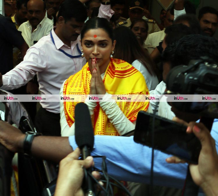 Deepika Padukone snapped outside Siddhivinayak Temple on Tuesday