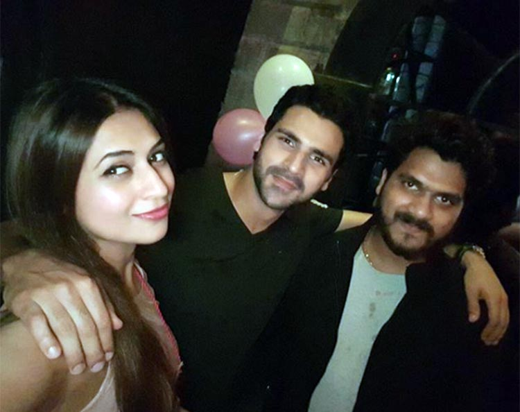 Divyanka Tripathi's party pic with Vivek Dahiya